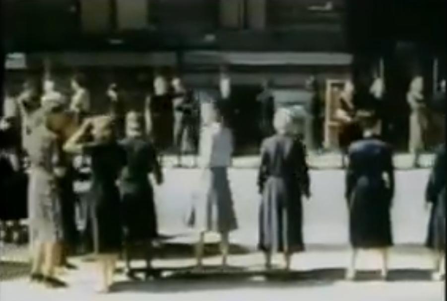 دور النساء في اقامة الدولة من الحضيض بعد الحرب العالمية الثانية