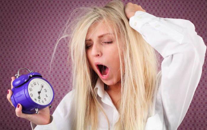 حيل تساعدك على الاستيقاظ صباحًا إذا كنت لا تحبّ النهوض باكراً