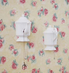 DIY-Wall-Hook-teapot