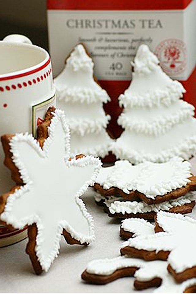 large_Ideas-to-decorate-your-christmas-cookies-fustany-lifestyle-kitchen-2