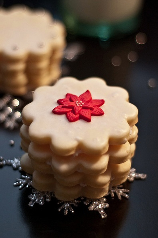 large_Ideas-to-decorate-your-christmas-cookies-fustany-lifestyle-kitchen-9