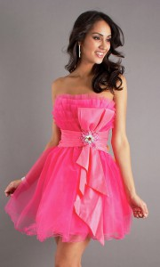 pretty-prom-night-dress-on-cute-pink