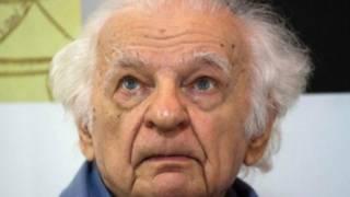 وفاة إيف بونفوا أحد أبرز شعراء فرنسا في العصر الحديث عن 93 عاما